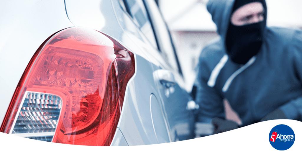 Segun el reporte de la Asociacion Mexicana de Instituciones de Seguros estos son los 5 autos más robados en México