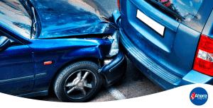 Qué hacer si te chocan el auto estacionado